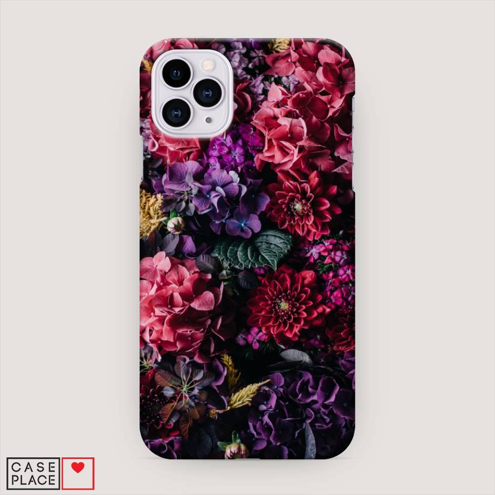 Пластиковый чехол на Айфон с цветами: фиолетовый, розовый, красный цвета