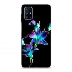 Силиконовый чехол Синий цветок на черном на Samsung Galaxy M51